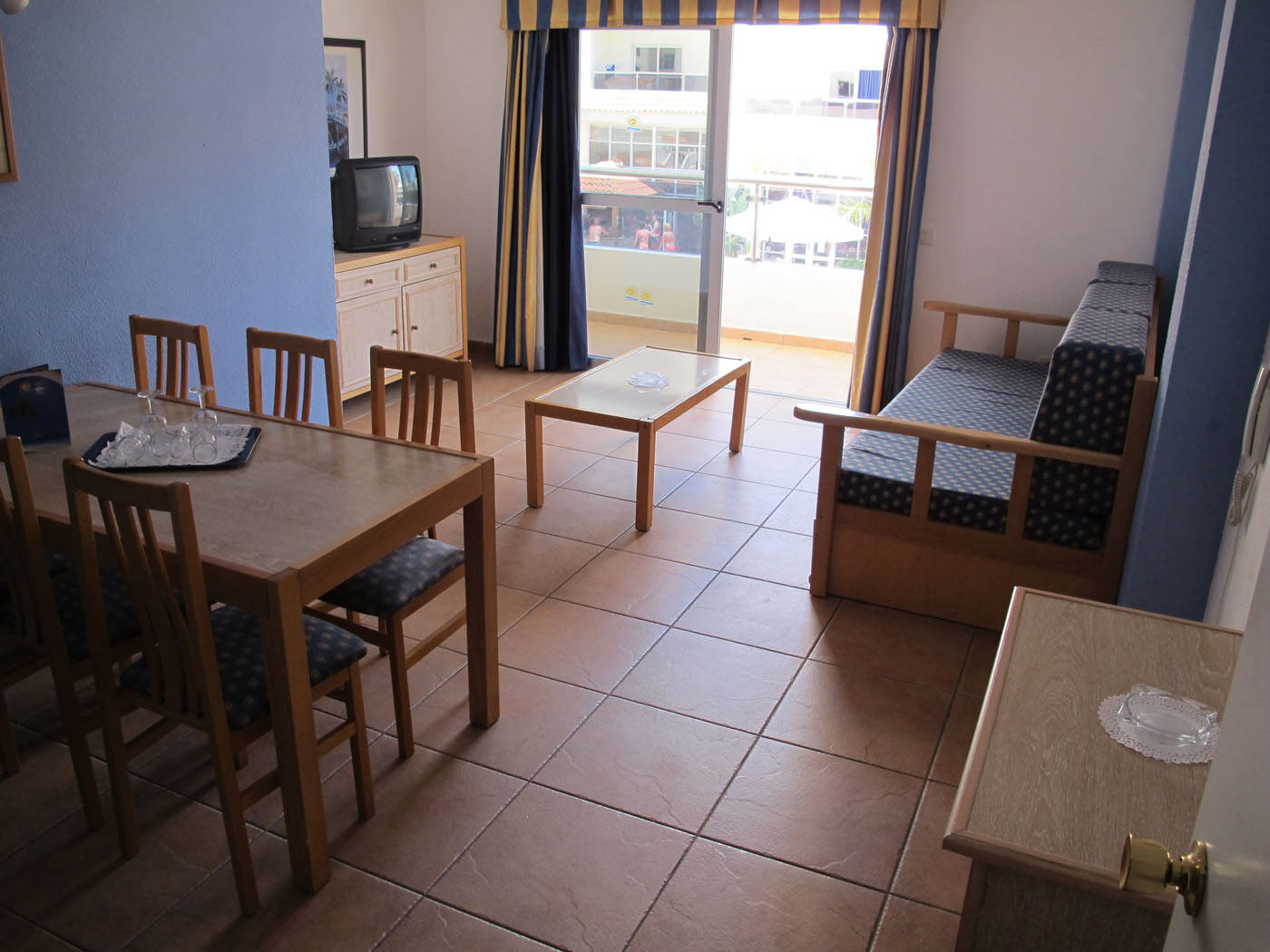 Apartamentos Oro Blanco