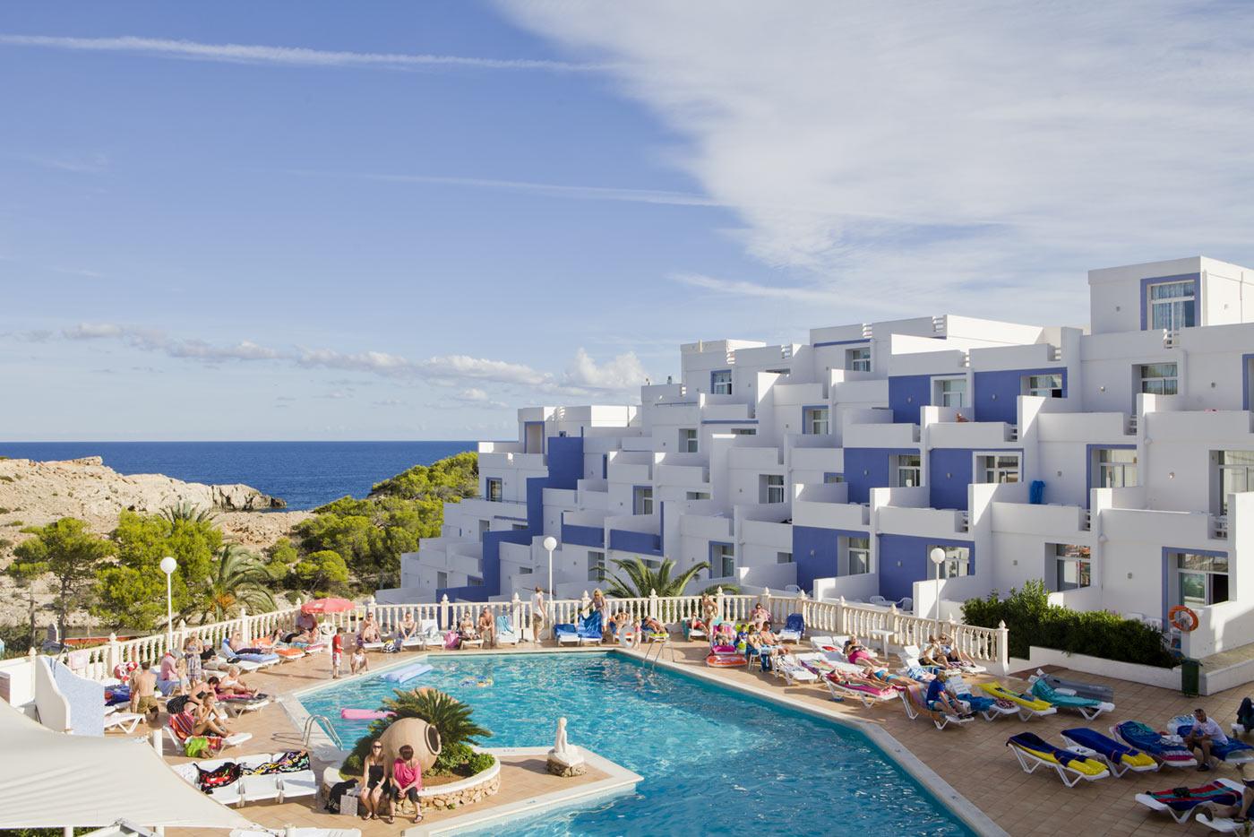 Apartamentos paradise beach ibiza mejor precio garantizado - Apartamentos en ibiza ...